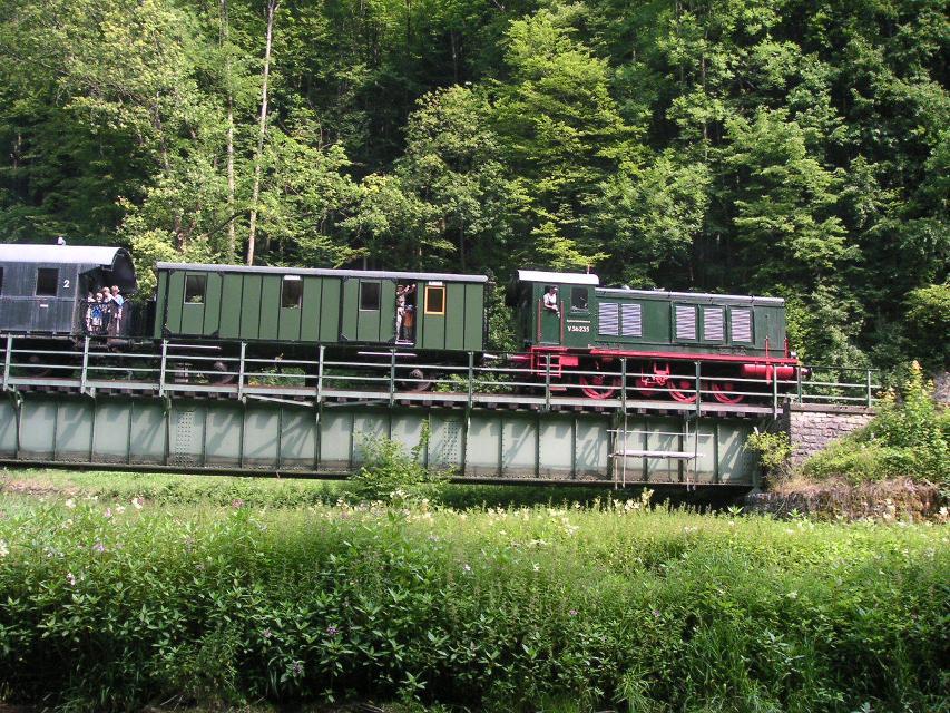 Dieselzug bei der Stempfermühle