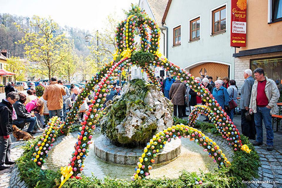 Osterbrunnen in Waischenfeld