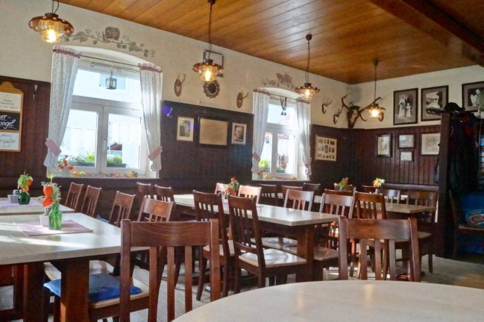 Innenansicht Brauerei Hölzlein Lohndorf