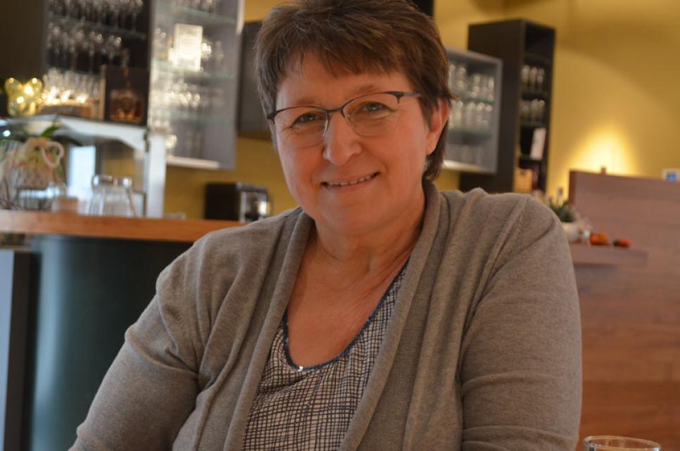 Brennmeisterin Anni Reichold kann viel über Kirschen erzählen
