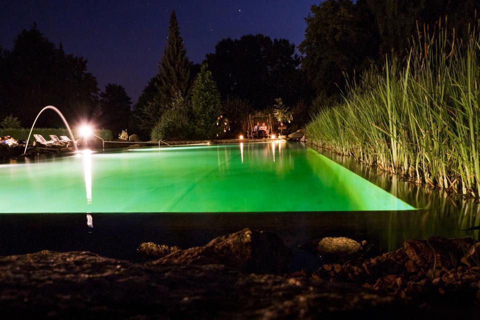 Naturbad bei Nacht