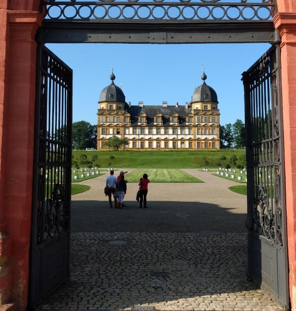 Blick auf Schloss Seehof