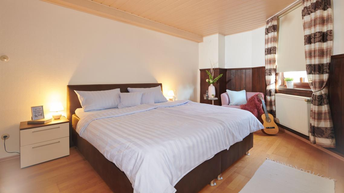 Fewo Schloßblick - Schlafzimmer 2