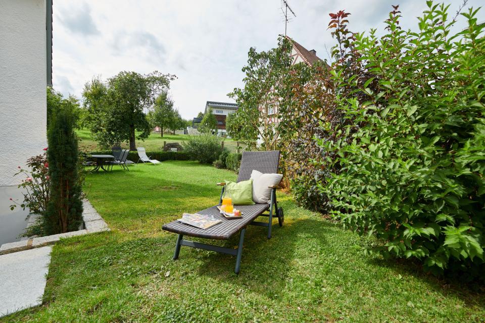 Ferienwohnungen Schloßblick - Garten