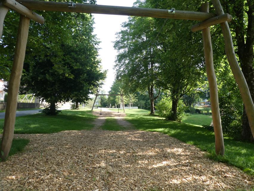 Doppelseilbahn auf dem Abenteuerspielplatz Teuschnitz