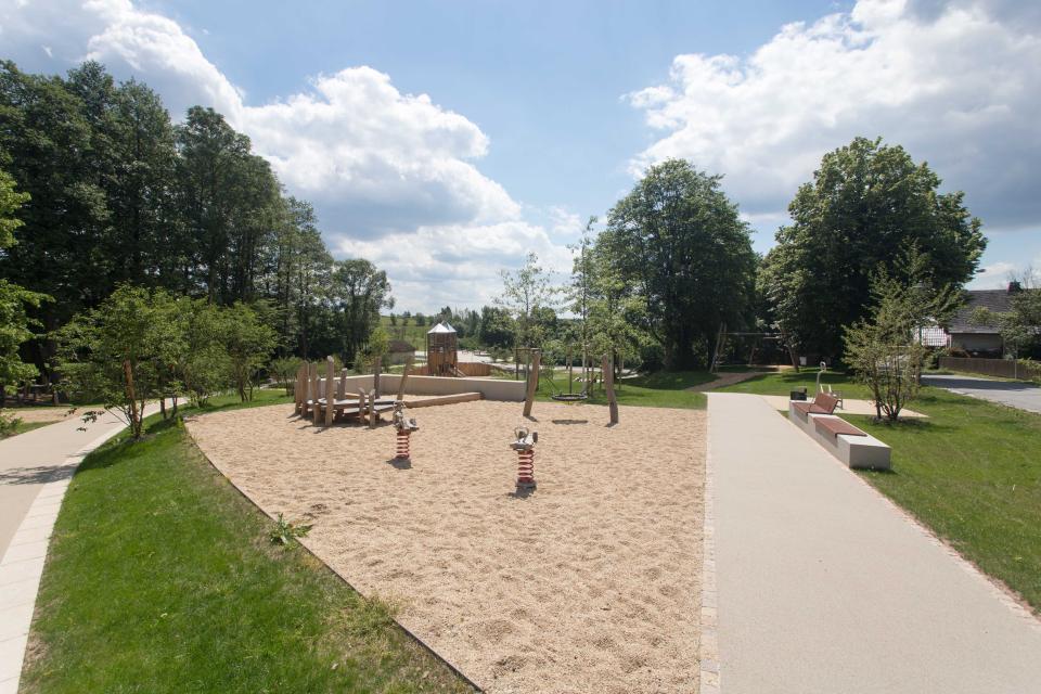 Kleinkindbereich auf dem Abenteuerspielplatz Teuschnitz
