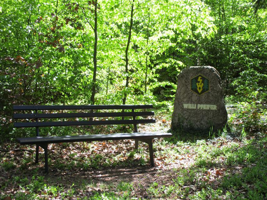 Pfeiffer-Gedenkstein