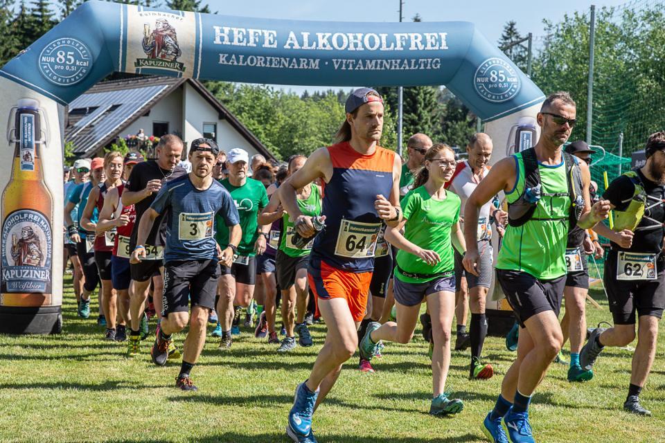 Am Start beim Crazy Runners Frankenwald Trail