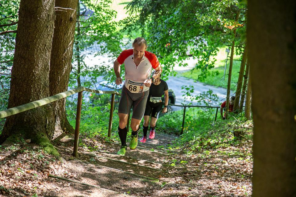 Treppen beim Crazy Runners Frankenwald Trail