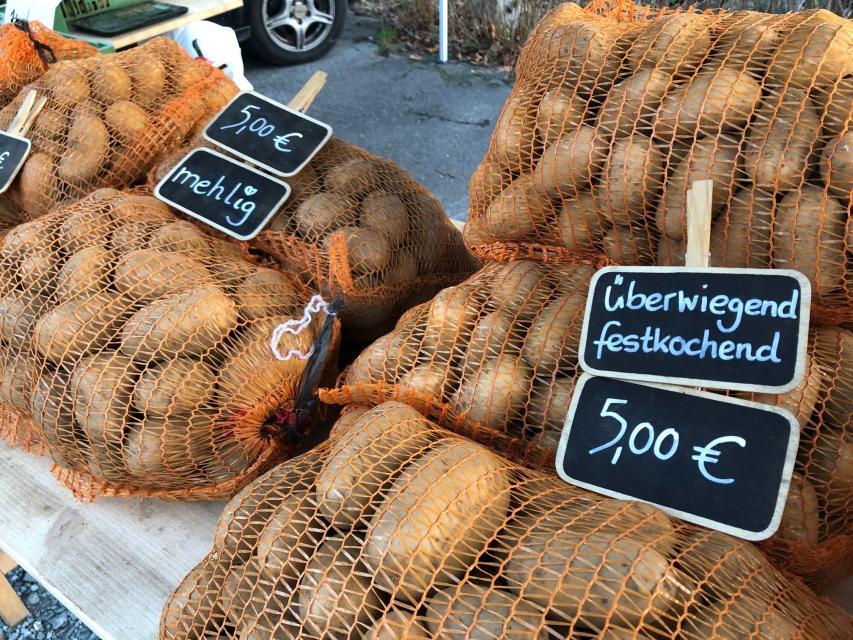 Kartoffeln auf dem Wallenfelser Feierabendmarkt