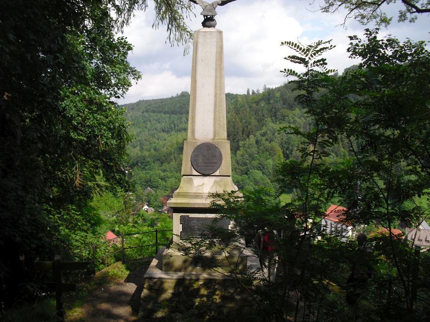 An Kaiserdenkmal