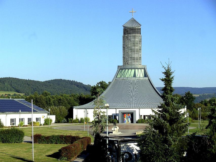 Auobahnkirche St. Christophorus