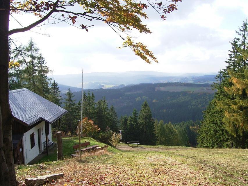 10 Bergwachthütte