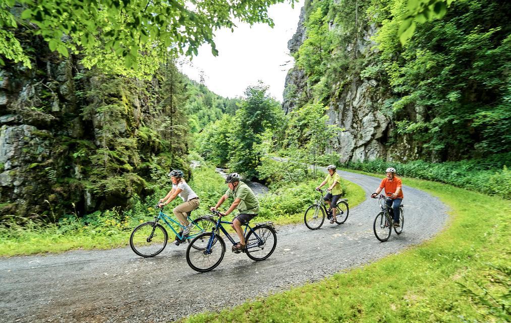 Radfahren durch die Steinachklamm