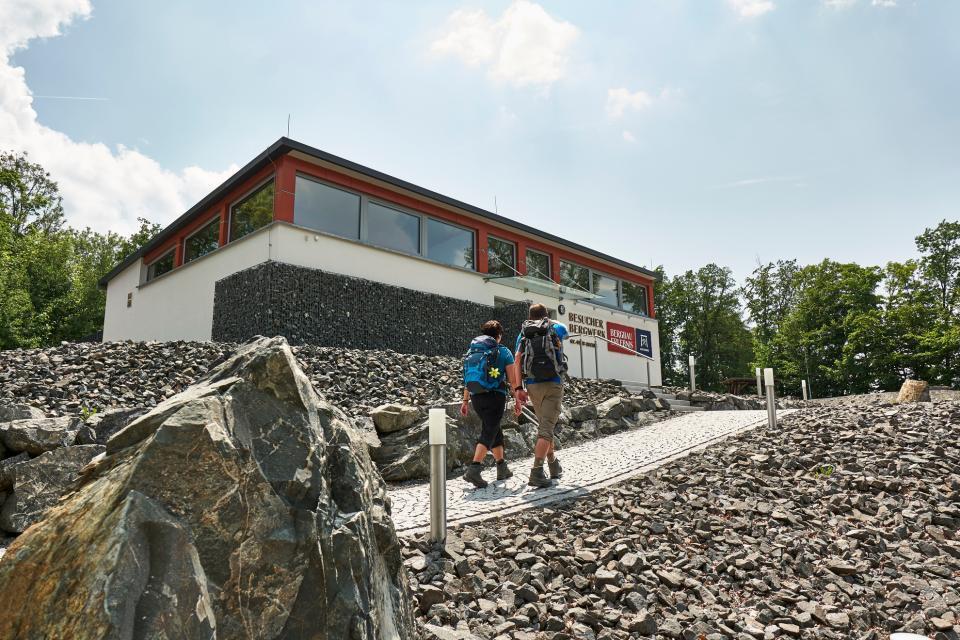 Am Besucherbergwerk Kupferberg