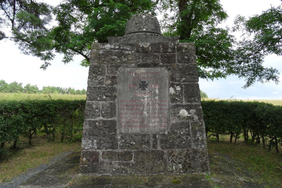 Kriegerdenkmal bei Lehenthal