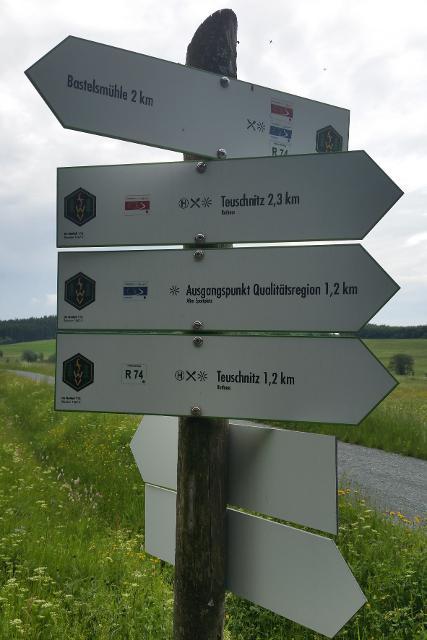 Wegweiser auf der 3. Etappe Ludwigsstadt - Teuschnitz
