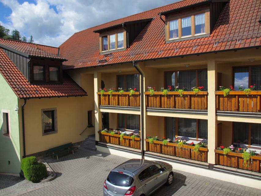 - Hotel-Gasthof Hereth