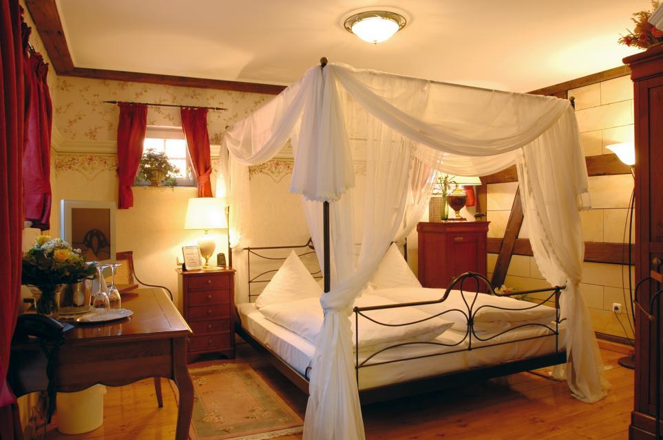 - Die Kronacher Stadthotels