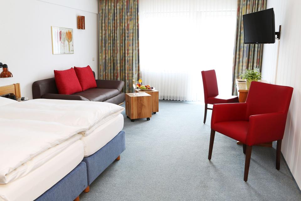 - Hotel Dobrachtal,