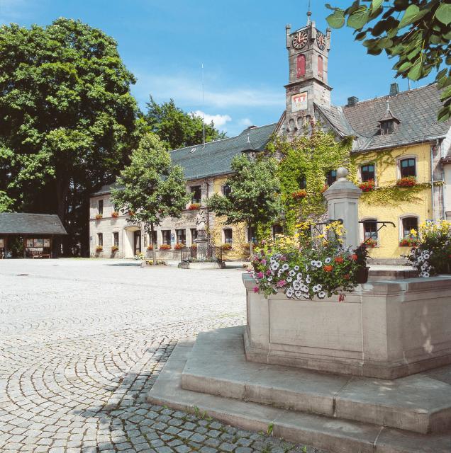 - Markt Teuschnitz