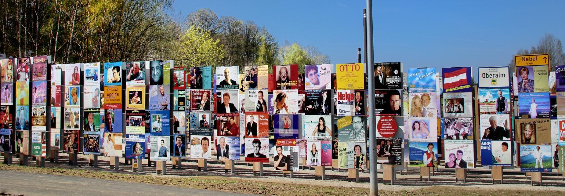 Fernweh-Park Oberkotzau - Signs of Fame