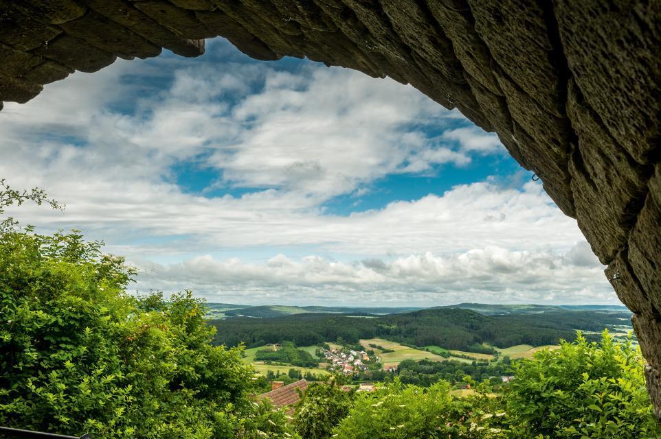 Blick von der Burgruine Altenstein