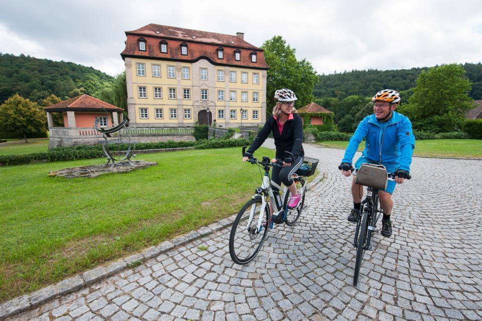 Radtouren zum Schloss Gleisenau