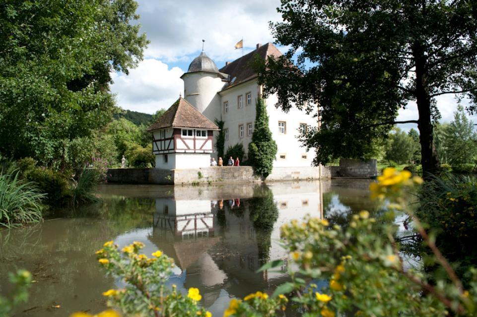 Romantisches Wasserschloss Kleinbardorf