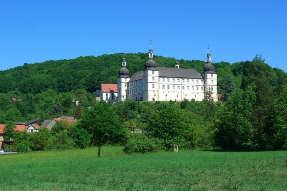 Schloss Sternberg - Idyllisch gelegen