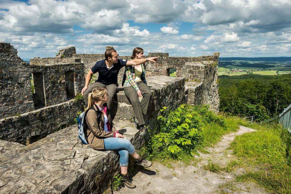 Tolle Aussichten von der Burgruine Bramberg