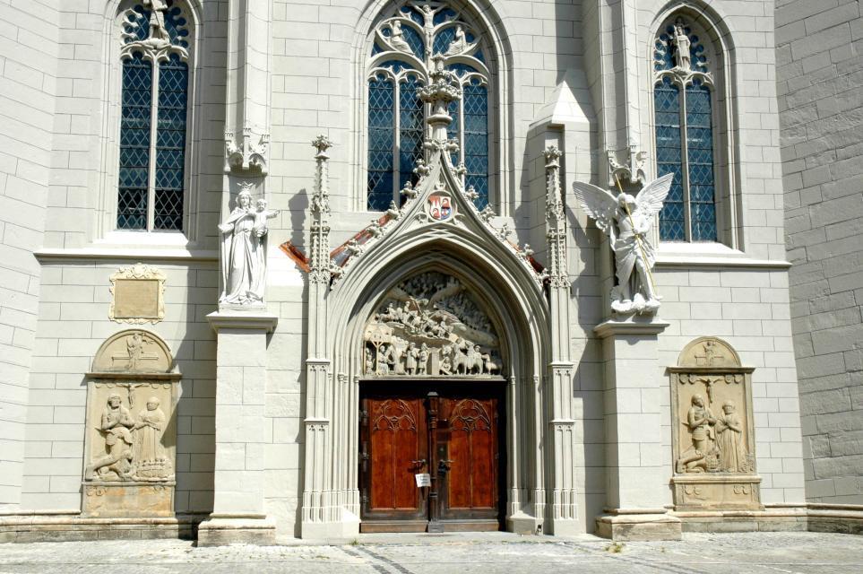 Eingang zur Ritterkapelle