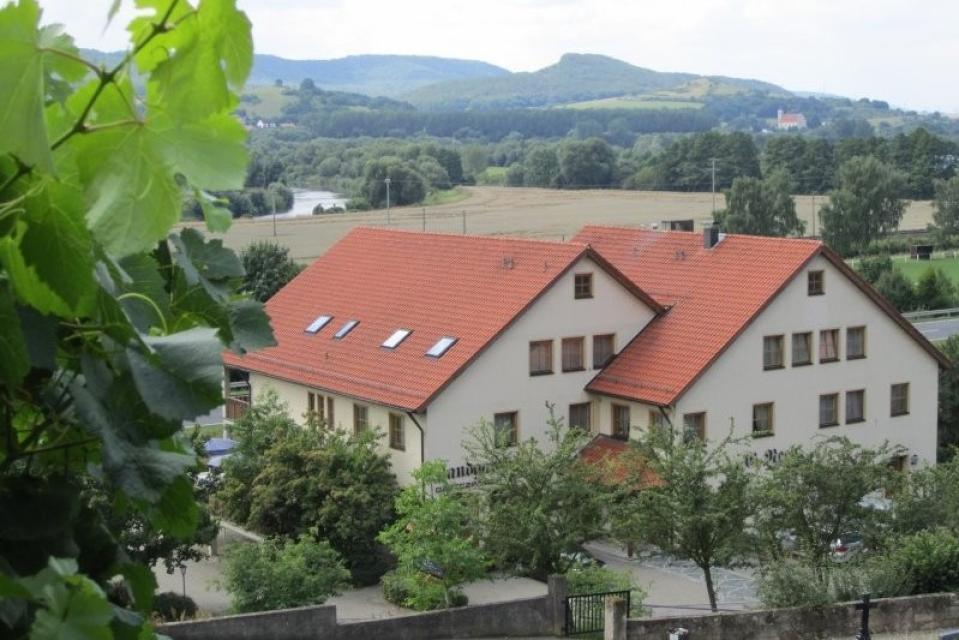 Idyllisch gelegen: Gasthaus Alte Rose