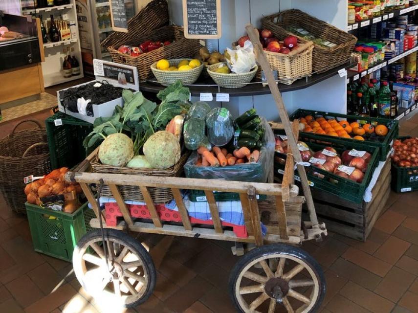 Frisches Obst und Gemüse aus der Region