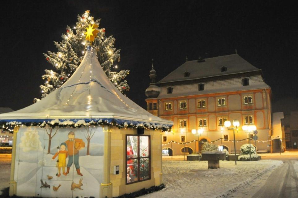 Winterzauber auf dem Marktplatz Bad Königshofen