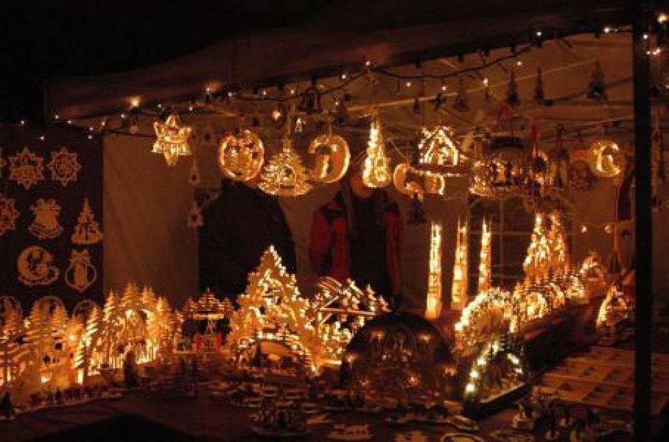 Weihnachtsmarkt bei Schloss Burgpreppach