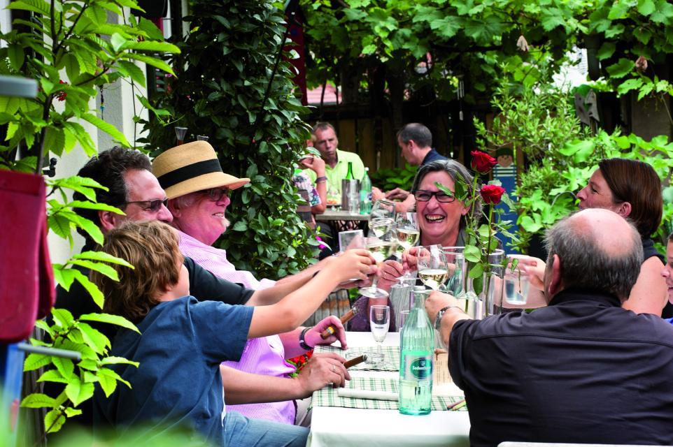 Weinfest auf Burg Lisberg im Abt-Degen-Weintal