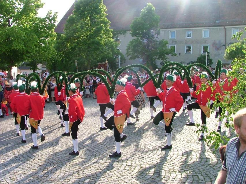 Schäfflertanz in Schwarzach