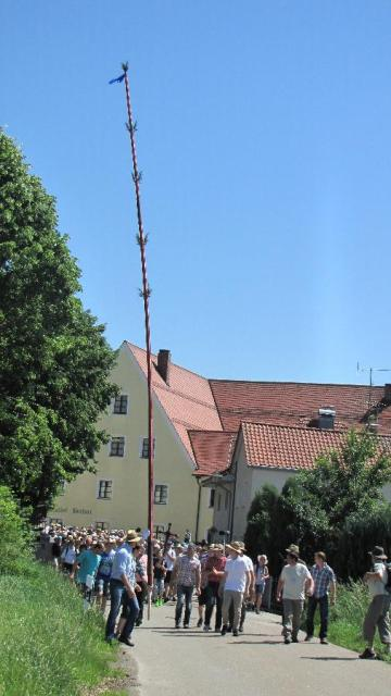 Pfingstkerzenwallfahrt auf den Bogenberg