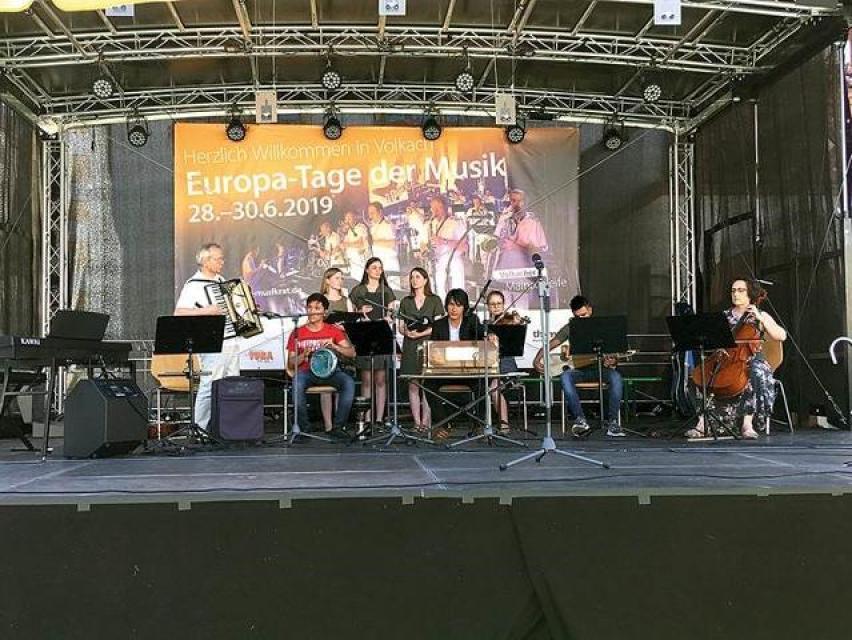 Konzert des Ensemble Neue Horizonte: Neue Horizonte in Wort und Musik - ein Baustein für die Gesells...