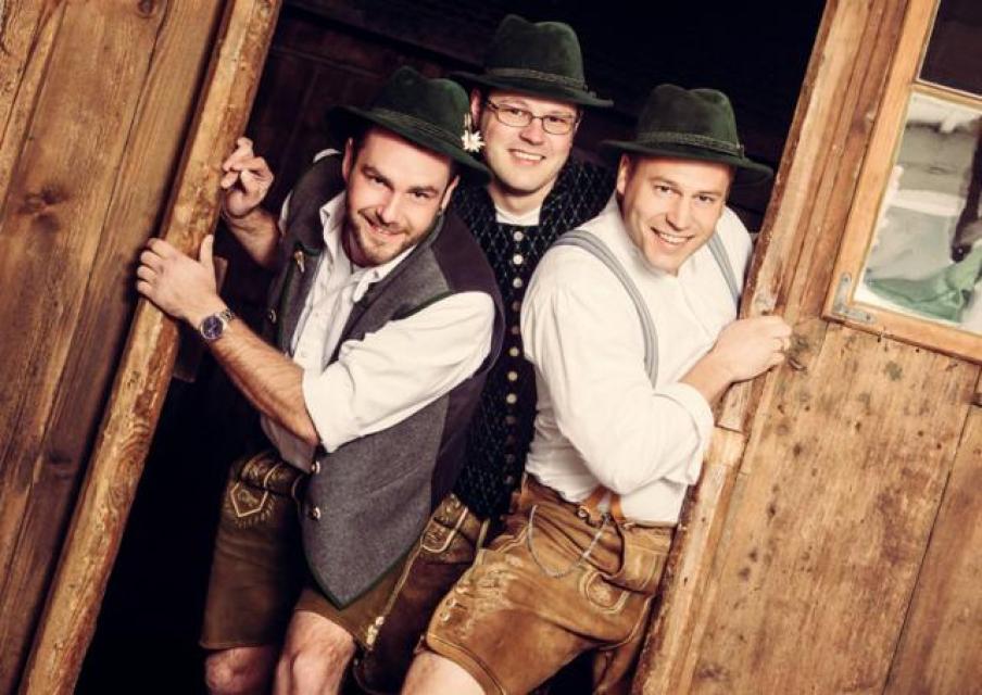 """Musik und Kabarett """"Schleudergang"""" mit """"Koch- und Buntwäsche"""""""