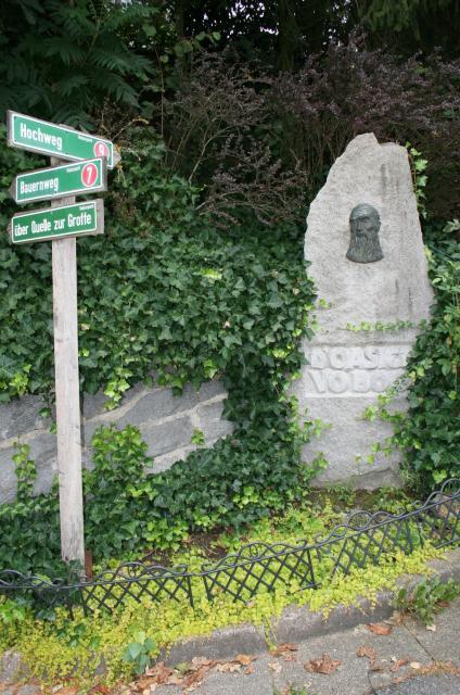 Oasiedl-Denkmal
