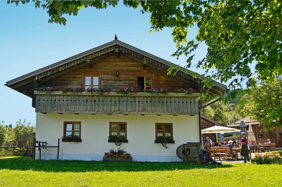 """Erlebnishof """"Alte Mühle"""" im Kurpark Sankt Englmar - """"Zur Mühlliesl"""""""