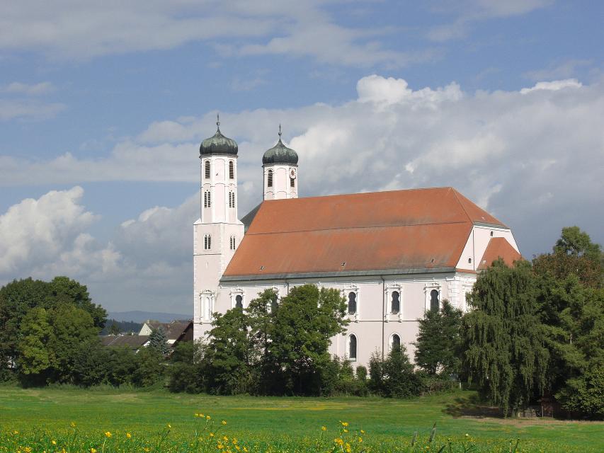 Kath. Pfarrkirche St. Peter und Paul
