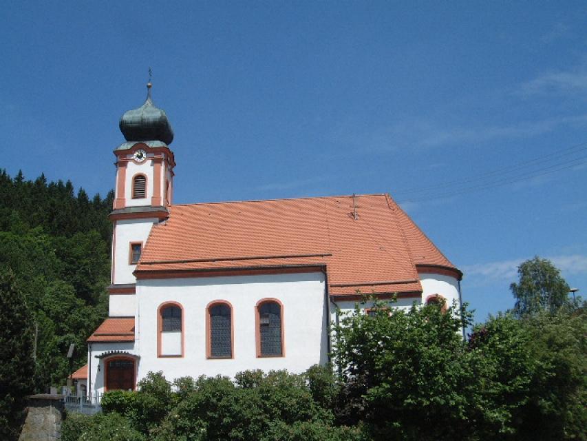 Kirche St. Laurentius Perasdorf -