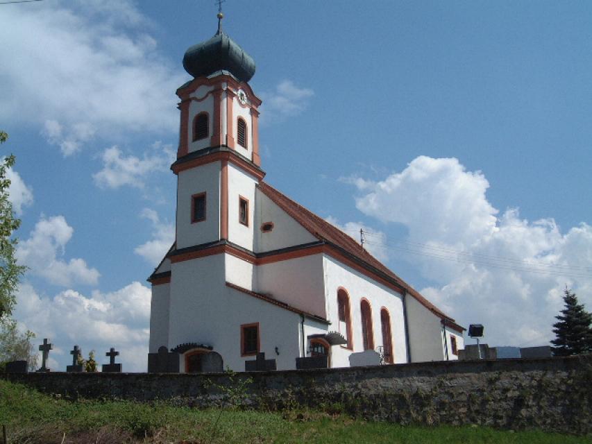 Kirche St. Laurentius Perasdorf1 -