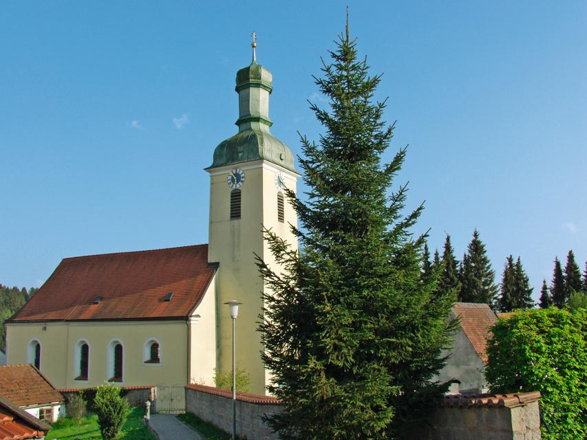 Kath. Pfarrkirche St. Benedikt