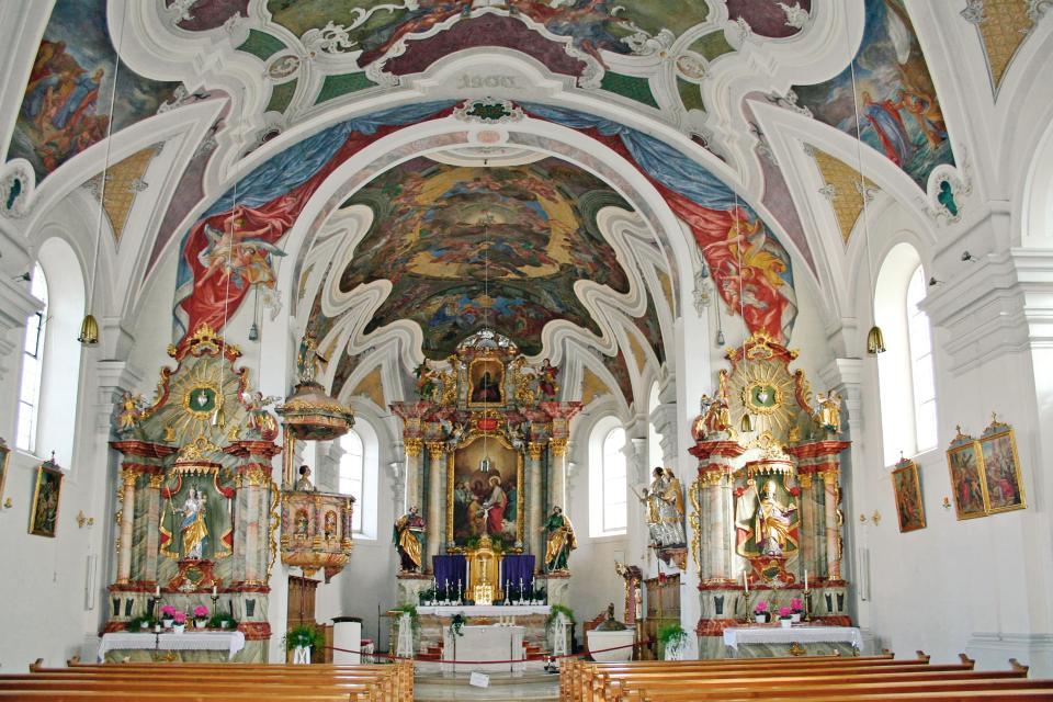 Kath. Pfarrkirche St. Petrus