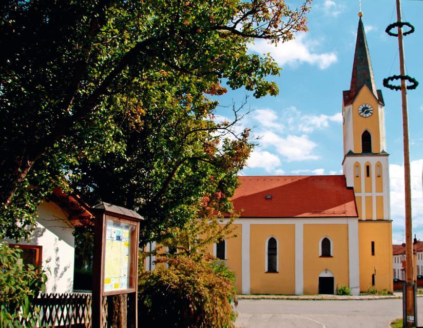 Kath. Expositurkirche St. Michael in Zinzenzell