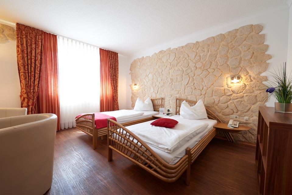 - Korbstadt-Hotel Krone